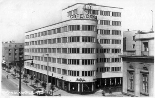 Lata-1936-1939-Budynek-d.-Zakładu-Ubezpieczeń-Społecznych-w-końcu-lat-30-tych-XX-wieku.-Źródło-Fotopolska