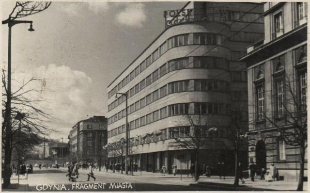 Budynek-Polskich-Linii-Oceanicznych-1958-Źródło-Fotopolska