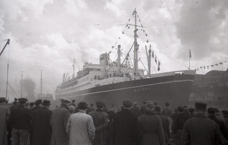 Powrót  skarbów wawelskich do Polski, fot. Edmund Zdanowski, 16.01.1961 r., ze zbiorów Muzeum Miasta Gdyni