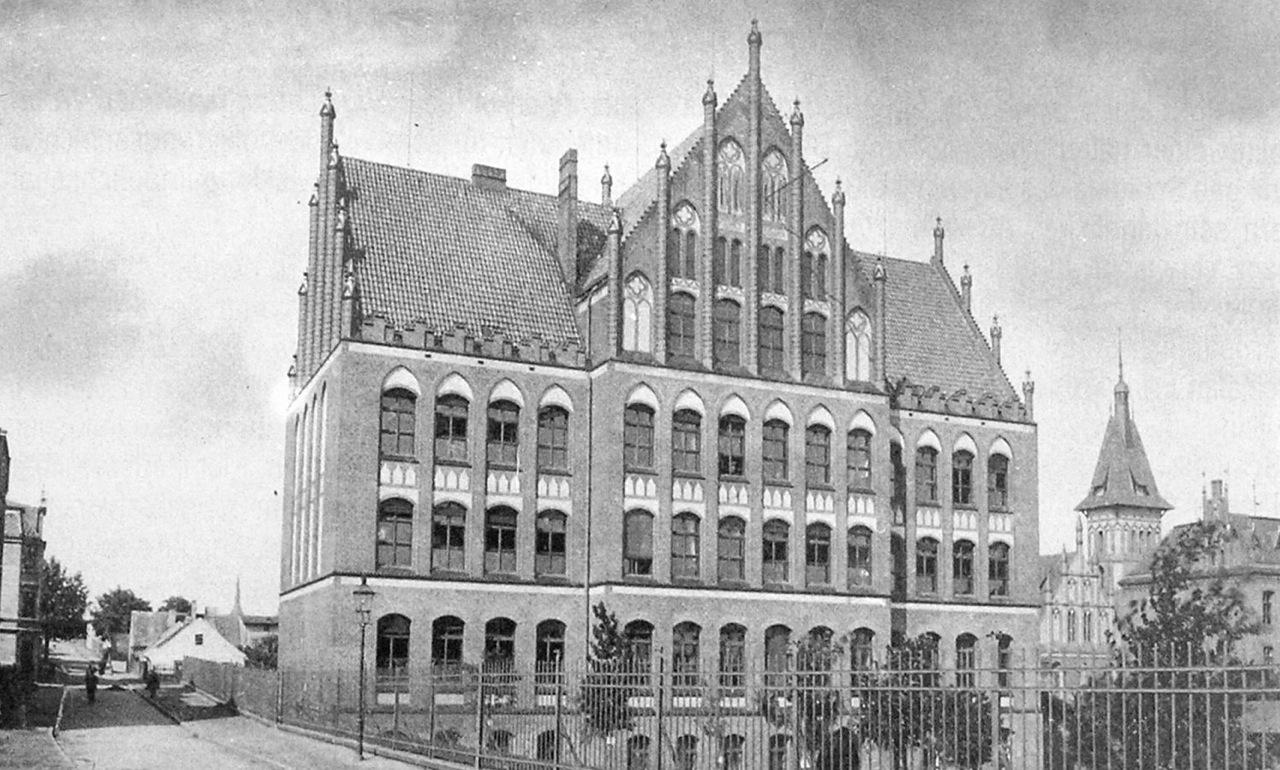Szkoła na Siedlcach z 1902 r.