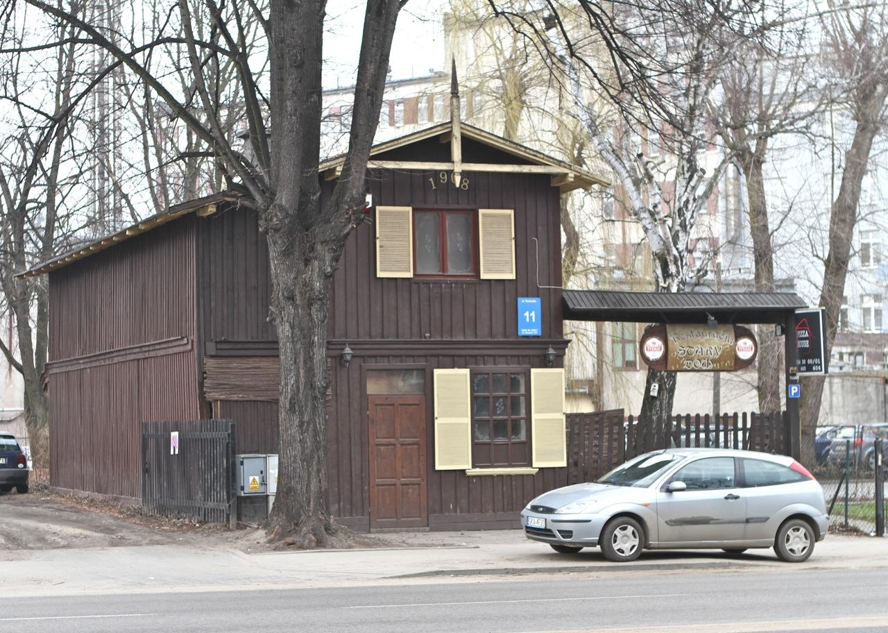 Drewniany domek przy ul. Kartuskiej
