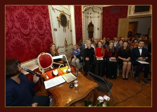 Goście przyszli by powspominać, porozmawiać, posłuchać muzyki, a i samemu pośpiewać