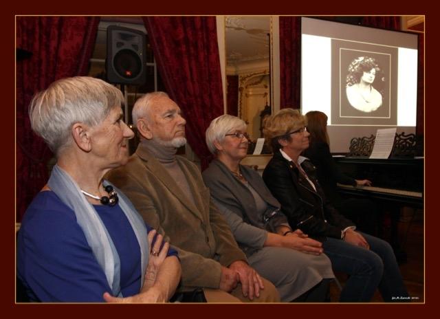 Bohaterowie – od lewej: Małgorzata, Łukasz, Justyna, Katarzyna Rogińscy
