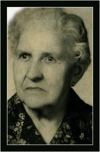 Martha Anna Troll z domu Gutkowska, matka Charlotte, babcia Anny. Po 1945 roku