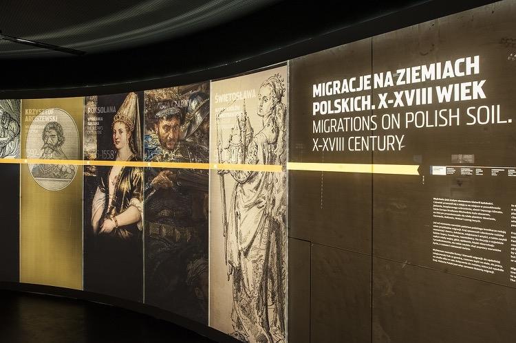 Wystawa. Fot. B. Kociumbas, źródło Muzeum Emigracji