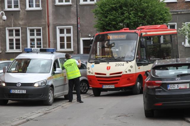 autobus 100 w Gdańsku