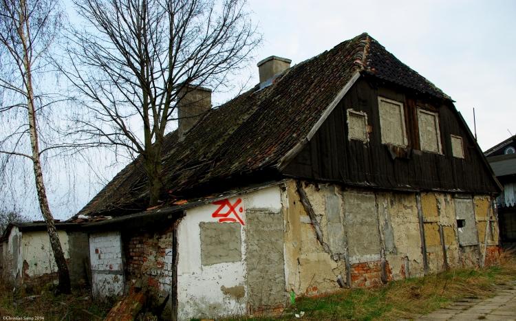 Budynek nr 10 niegdyś szkoła ludowa oraz posterunek X Rewiru Policji