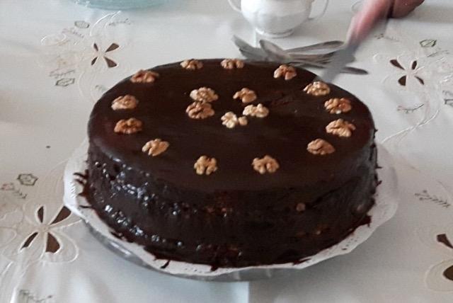 Monstrualnej wielkości tort wiśniowy, tylko dla 18+, po spożyciu zakaz kierowania pojazdem:)