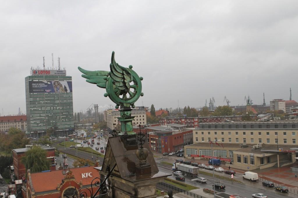 Wieża zegarowa dworca w Gdańsku