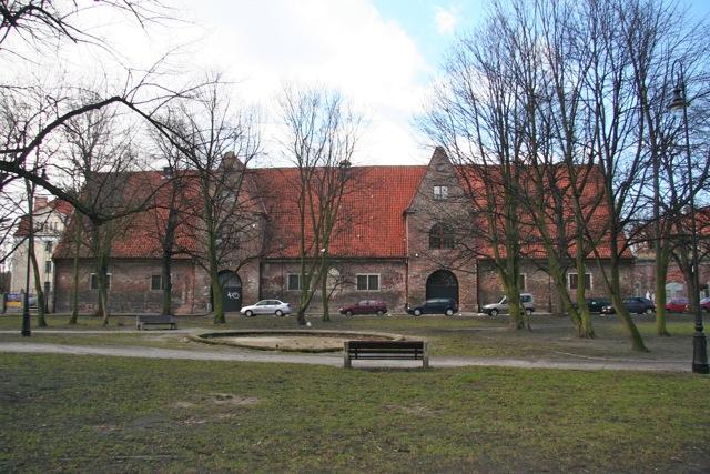 Plac Wałowy z widokiem na Małą Zbrojownię
