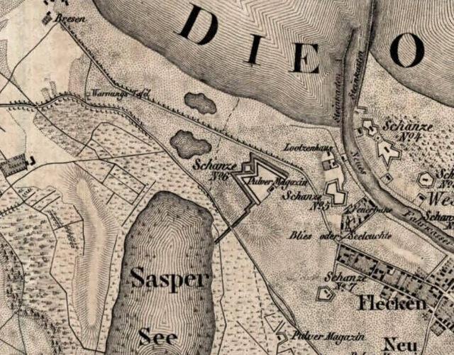 Fragment mapy z 1833 r z widocznymi dwoma jeziorkami w miejscu tymczasowego ujscia Wisly z czasu powodzi 1829 r