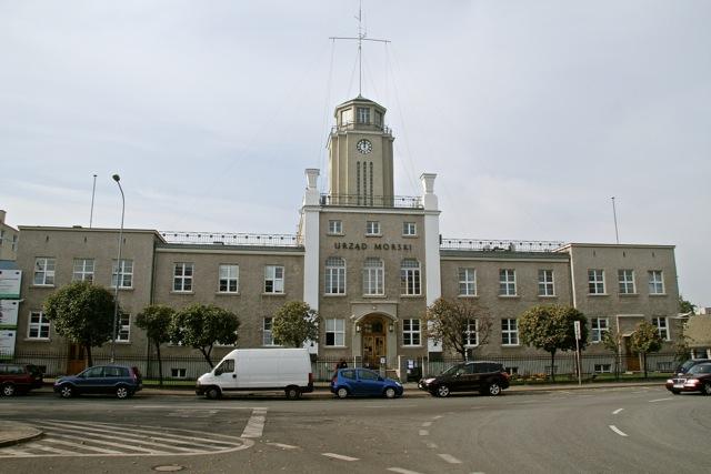 Gdynia - gmach Urzędu Morskiego