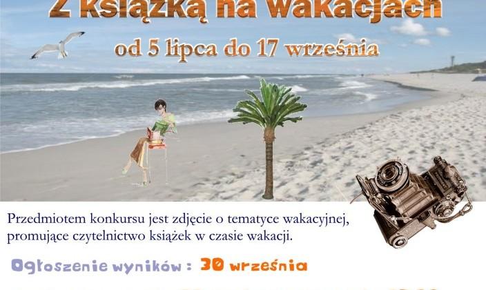 Z-książką-na-wakacjach-704x10241