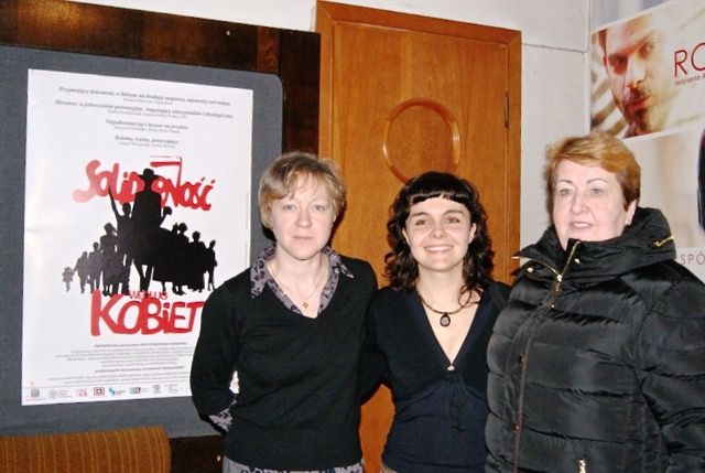 od lewej: Dominika Ikonnikow, Marta Dzido, Henryka Krzywonos