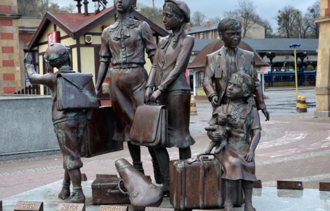 Kinkdertransporty - pomnik
