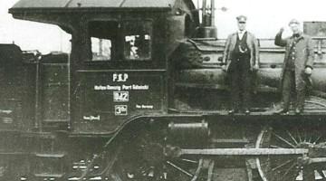 Pracujący na terenie WMG parowóz osobowy przejęty po kolejach pruskich przez PKP, z oznaczeniem Dz (Danzig) obok numeru i dopiskiem Hafen Danzig - Port Gdańsk.