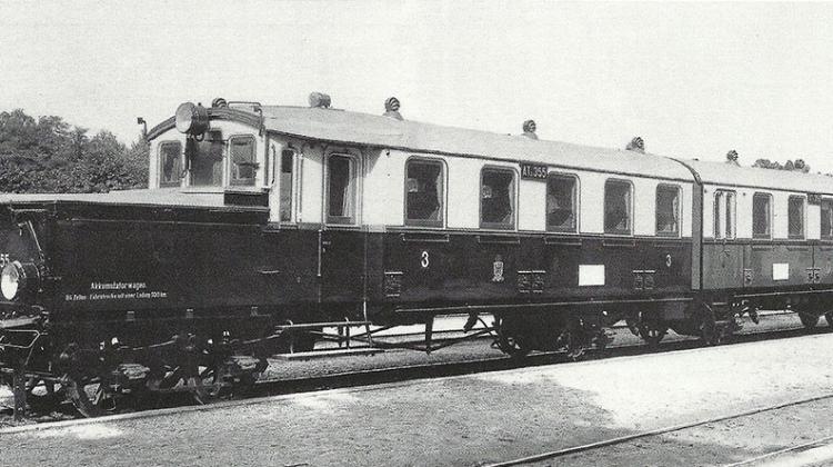 """pojazd Wittfelda przed I wojną światową.  Repr. z """"Eisenbahn Journal"""", """"Preußen Report"""", Band no. 9; ze zbiorów Romana Witkowskiego"""