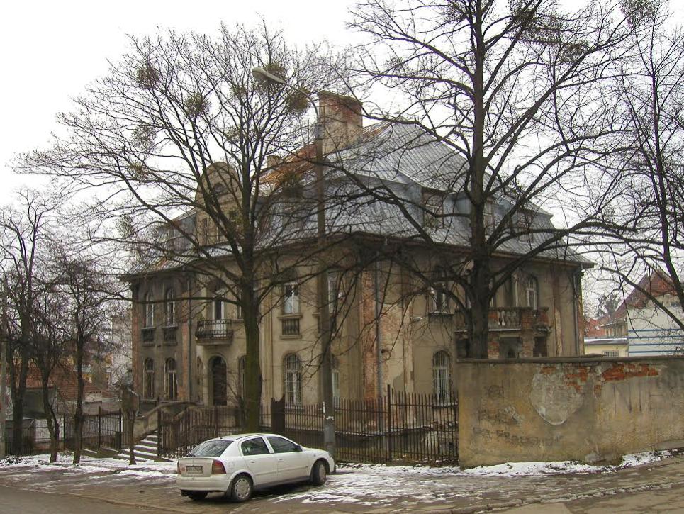 Willa przy ul. Orzeszkowej 2 w 2004 r.