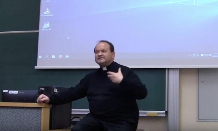 Ks. Krzysztof Niedałtowski. Religie świata